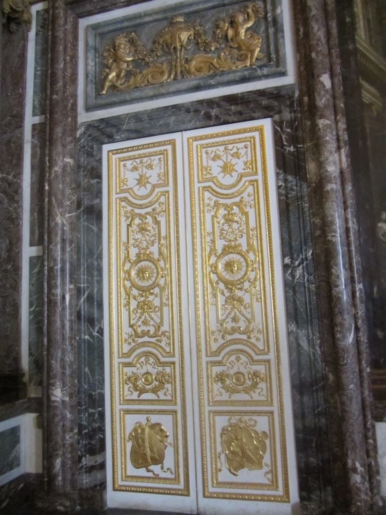 Many of the doors looked like this one with lots of gold embellishments. Even the lock is given some decoration sometimes the hinges of doors and other ... & Versailles part 1 « Anna\u0027s Blog